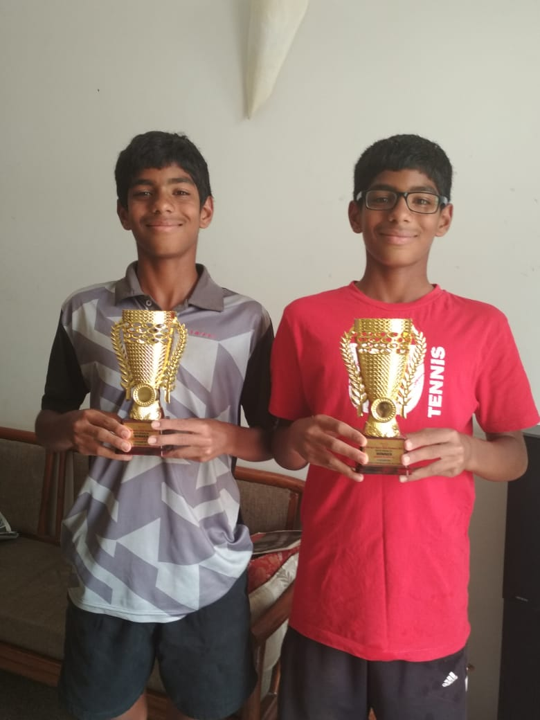 Ronin Rohit Lotlikar of Karnataka is the winner of  Singles Boys U - 16 super series